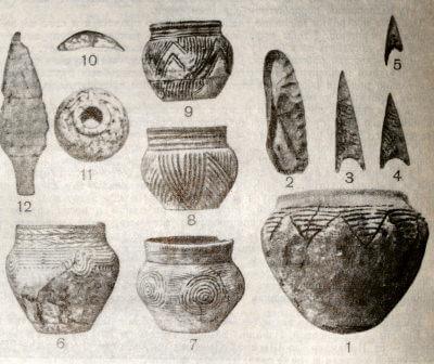 Сосуды и орудия из ямных (1—3) и катакомбных (4—12) погребений.