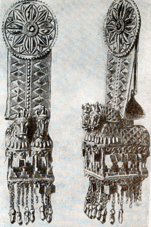 Золотые подвески головного убора из Ахал-горийского клада. Середина I тысячелетия до н. э.