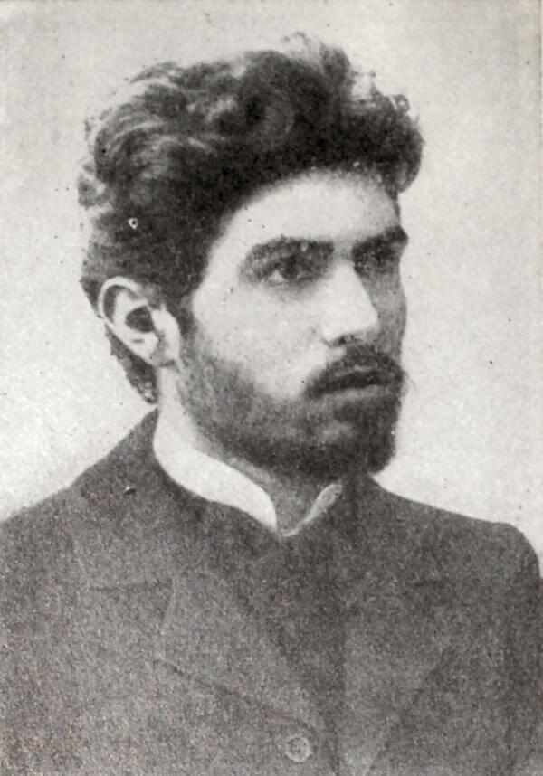 С. Г. Шаумян. Фотография 1917 года.