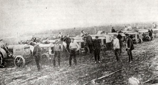 Первая тракторная колонна МТС имени Т. Г. Шевченко в Березовском районе Одесского округа. Фотография 1928 года.